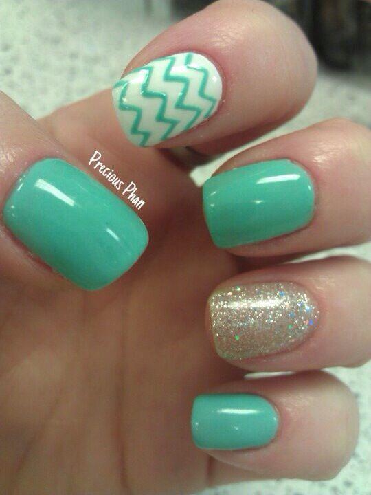 Nails great color for summer via Inweddingdress.com #nails