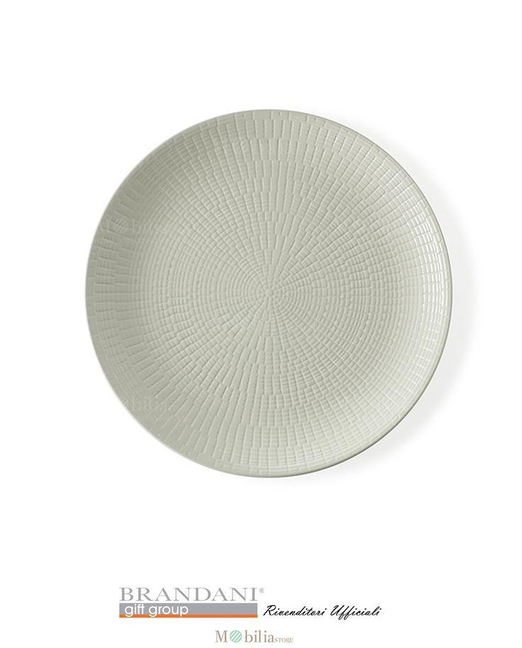 Brandani Set 4 Piatti Moderni Granaglie Panna, realizzati in stoneware una ceramica leggera e resistente, finemente realizzati con decori geometrici dalle linee semplici ed armoniose, le quali formano delle casellature raffinate e ben distribuite che ne esaltano il colore.
