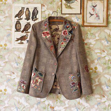 Idée - Veste en tweed avec fleurs en tissu appliqué et intérieur doublé (fiche payante) - N°86
