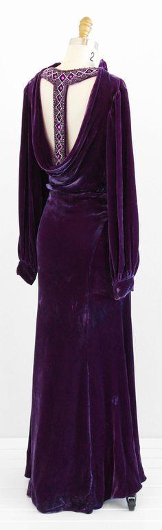 ~vintage 1930s purple silk velvet evening gown | plunging jeweled back~ www.rococovintage.com