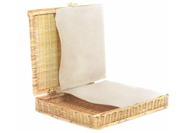 Caja de otate para oficina mimbre cester a pinterest for Caja de cataluna oficinas