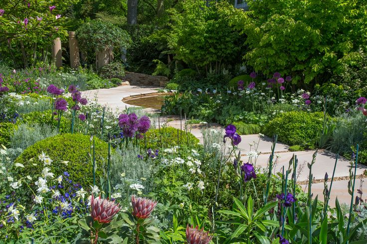 The Time In Between at the RHS Chelsea Flower Show 2015 / RHS Gardening - love the colours in this garden.