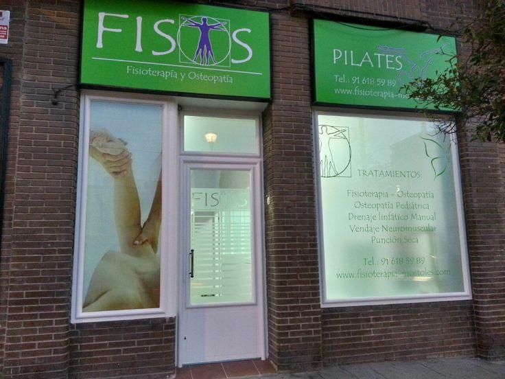 Fachada de nuestras instalaciones, Fisioterapia FISOS, nos encontrarás en Calle Juan Ocaña 25, Móstoles