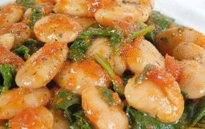 Συνταγή για γίγαντες στο φούρνο με σπανάκι και ντομάτα