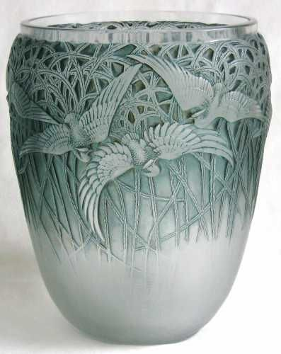 Aigrettes Vase c.1926 - Wheel-Cut R Lalique