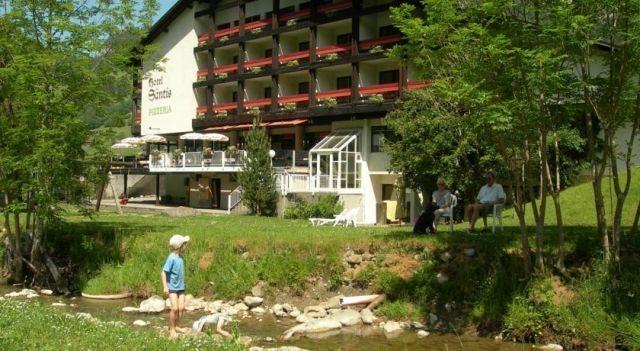 Hotel Säntis - 4 Star #Hotel - $126 - #Hotels #Switzerland #Unterwasser http://www.justigo.uk/hotels/switzerland/unterwasser/santis_4911.html