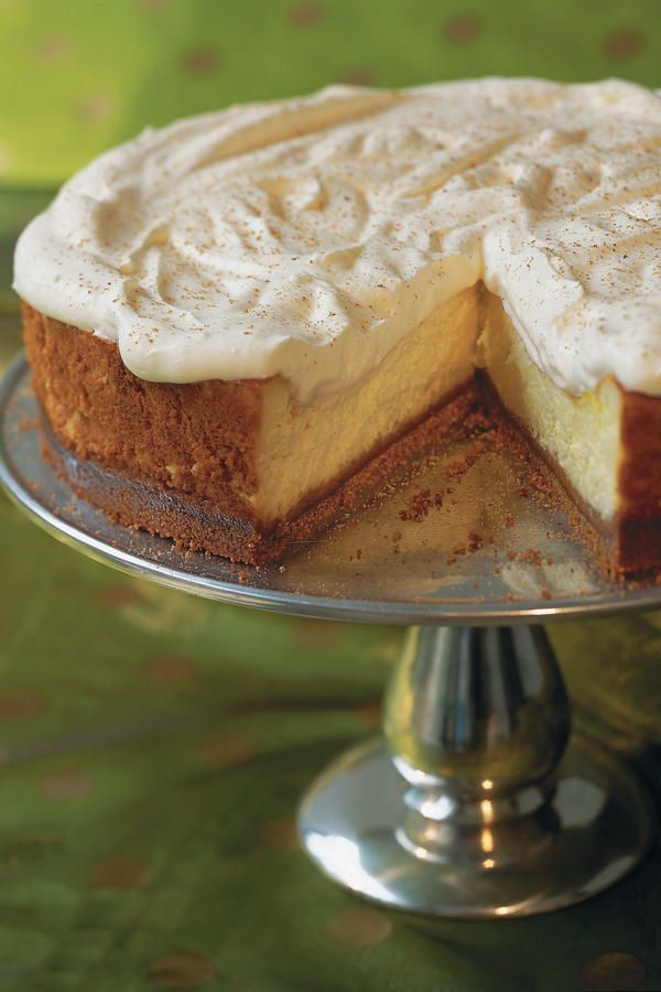 It only takes 15 minutes to put together this seasonal cheesecake with an easy three-ingredient gingersnap crust.  Recipe: Eggnog Cheesecake with Gingersnap Crust