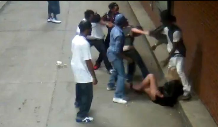 Black Thugs Beat Up White Kid: Of Course There's NO MSM Coverage.