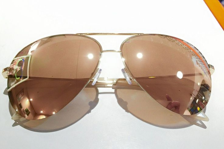 This 18k Gold frame and lenses from Victoria Beckham will make you feel like amazing! Exclusively offered in our Queen Victoria Building store come in to see them.  Get in quick before they sell out. #Lifestyleoptical #victoriabeckham #QVB #victoriabeckhamsunglasses