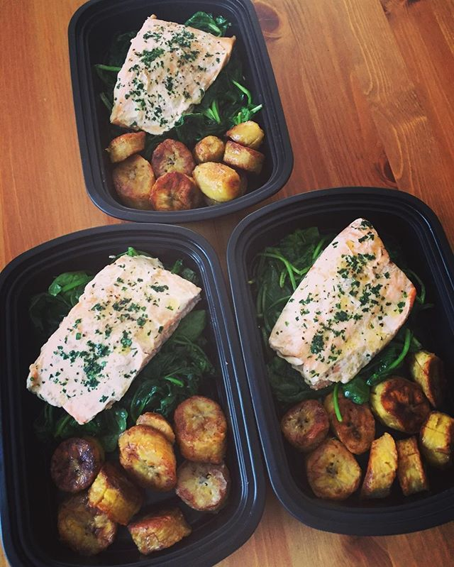 Pin for Later: 21 Simple Meal Prep Combinations Anyone Can Do Poached Salmon + Spinach + Plantains