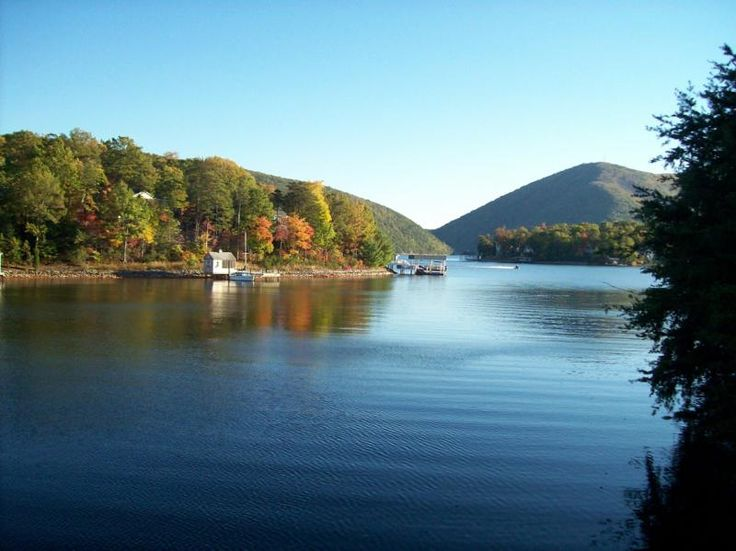 88 best smith mountain lake images on pinterest virginia for Best places for mini vacations