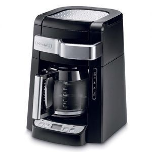 This is a simple coffeemaker that comes at an attractive price and can brew a great cup of coffee. Incorporating a permanent coffee filter and nonstick warming plate, you'll get the bang for your buck you deserve.