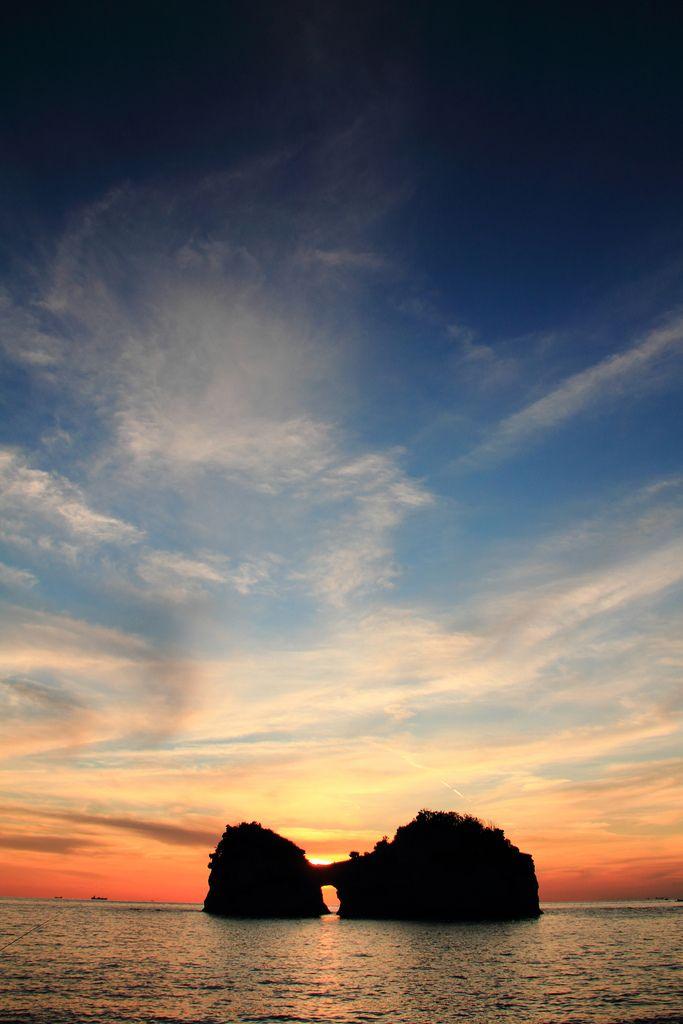 Sunset at Engetsu Island, Shirahama, Wakayama, Japan 円月島