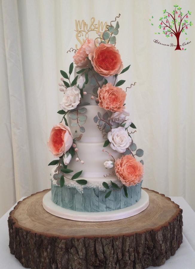 Floral Wedding by Blossom Dream Cakes - Angela Morris - http://cakesdecor.com/cakes/256636-floral-wedding