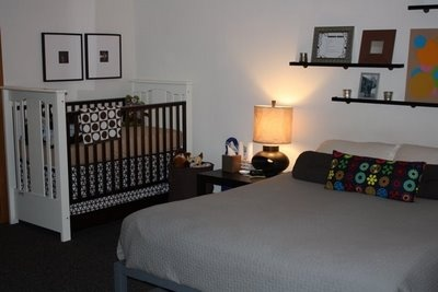 Perfect i dont need my baby to have his or her own room for Master bedroom with crib ideas