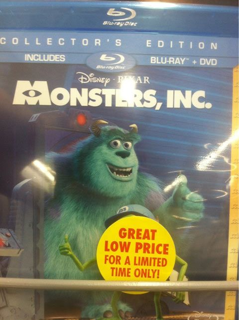 I don't believe it... I'm on a DVD cover!