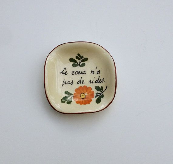 Vintage Mid Century Miniature Tray Le Coeur N'a Pas de Rides / Sweet Country Décor / The Heart Has no Wrinkles / French Country