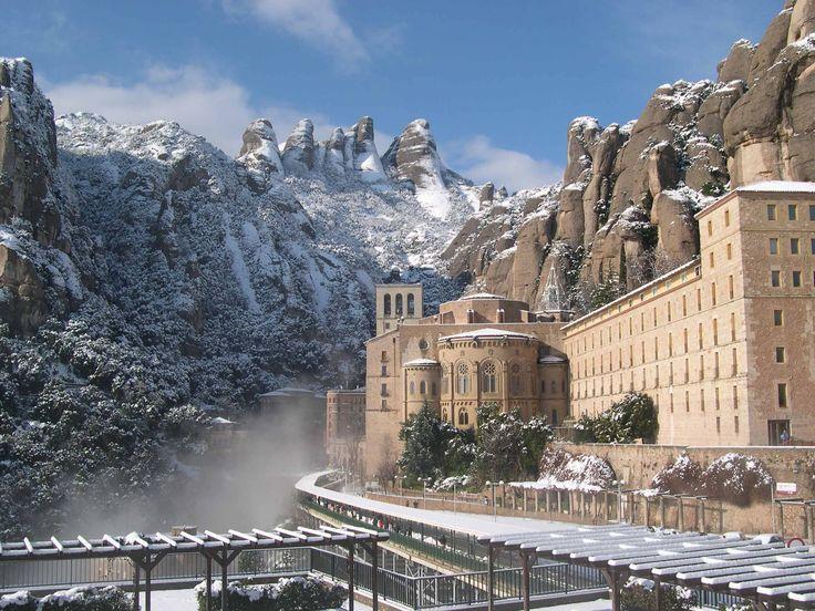montserrat   Montserrat nevat (febrer 2004)