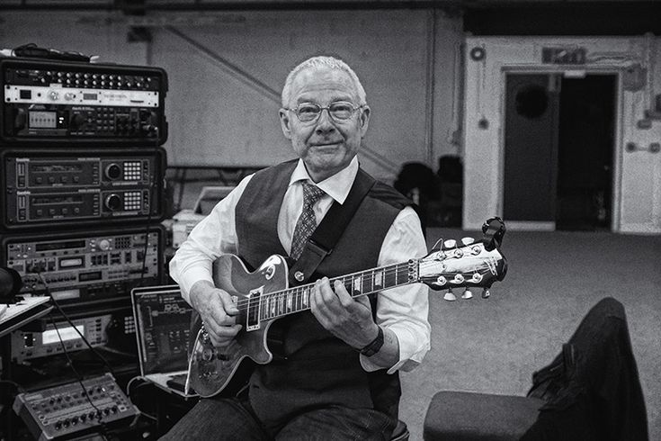 Tony Levin's Web Diary: King Crimson Rehearsals and U.S. Tour 2014   Note from DP:  Since we couldn't see him at the final tour show because he was hidden behind the PA speakers on the far right of the stage, I'll stick Rf here so I can look at him.  What a show!  Actually scared the living shit out of me at one point.  (Red)
