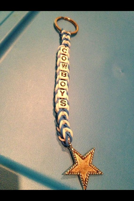Rainbow Loom Dallas Cowboys Keychain w/beads by momsoncrafts, $5.50