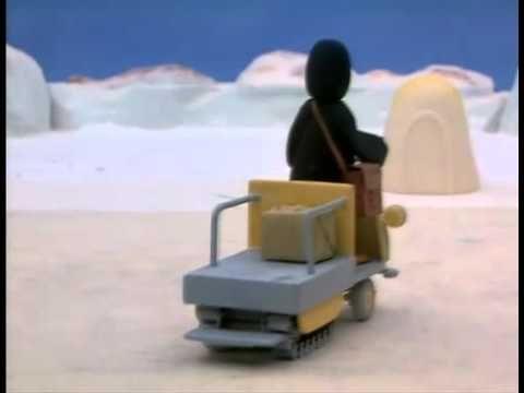 Pingu - Pingu helpt als postbode - YouTube