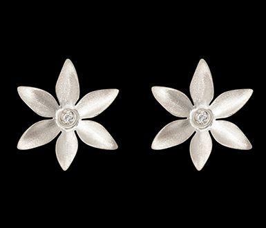 Brinco Flor de Laranjeira