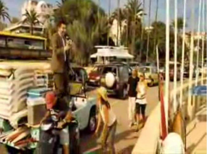 Mr. Bean jumping on a Méhari