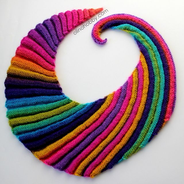 Бактус-волнорез, knitting Pattern available on Ravelry http://www.ravelry.com/patterns/library/frangiflutti
