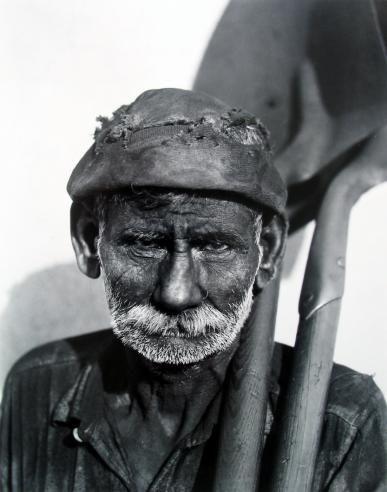 WALKER EVANS  Dock-worker, Havana, 1932  Art Experience NYC  www.artexperiencenyc.com