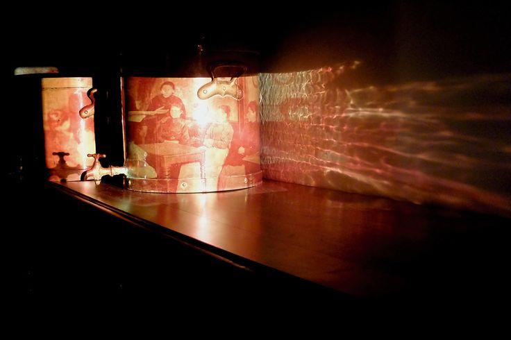 La baraque etc...participe à la Nuit des musées à l'écomusée du Creusot samedi 21 mai à 20h00 Traces d'ailleurs et d'ici prolonge le spectacle de la Compagnie Zumbò à partir de témoignages de migrants creusotins. Les élèves du lycée Léon Blum reviennent sur leur parcours familial : Pourquoi suis-je au Creusot ? De quoi est faite mon expérience personnelle et familiale ? Les productions des élèves (témoignages vidéo, album photo numérique) sont réalisées avec l'aide de la baraque TV