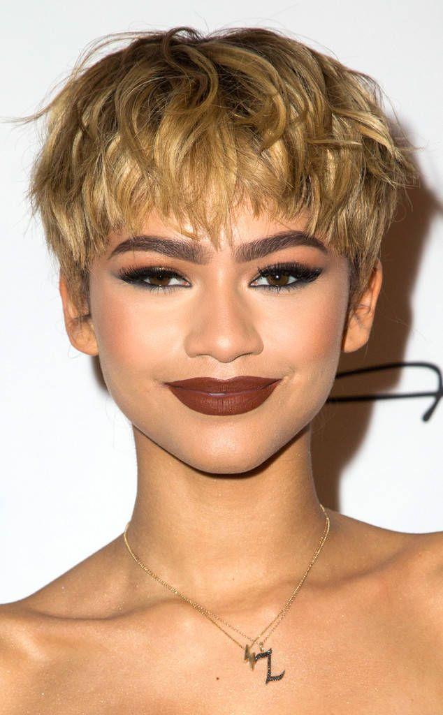 Zendaya Hairstyles Curls Zendaya Hairstyles Curls In 2020 Pixie Haircut Short Pixie Haircuts Short Hair Styles