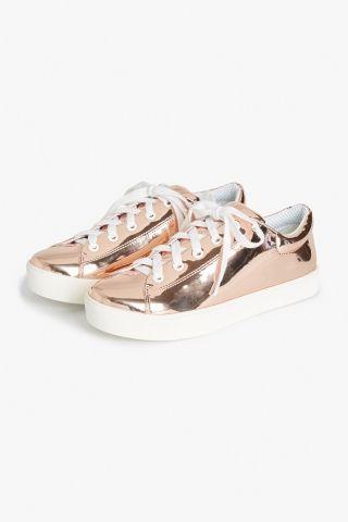 Monki Metallic sneakers in Gold