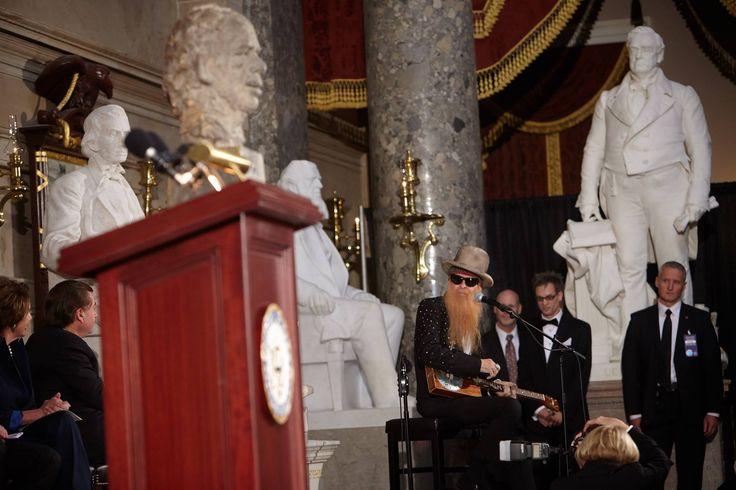 Vyznamenání Václava Havla v kongresu USA 2014 se ZZTOP
