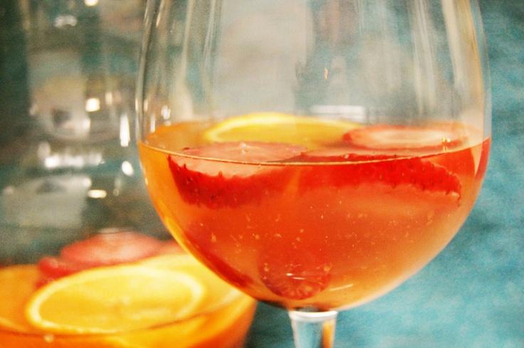 Spring Berry Sangria #drinks