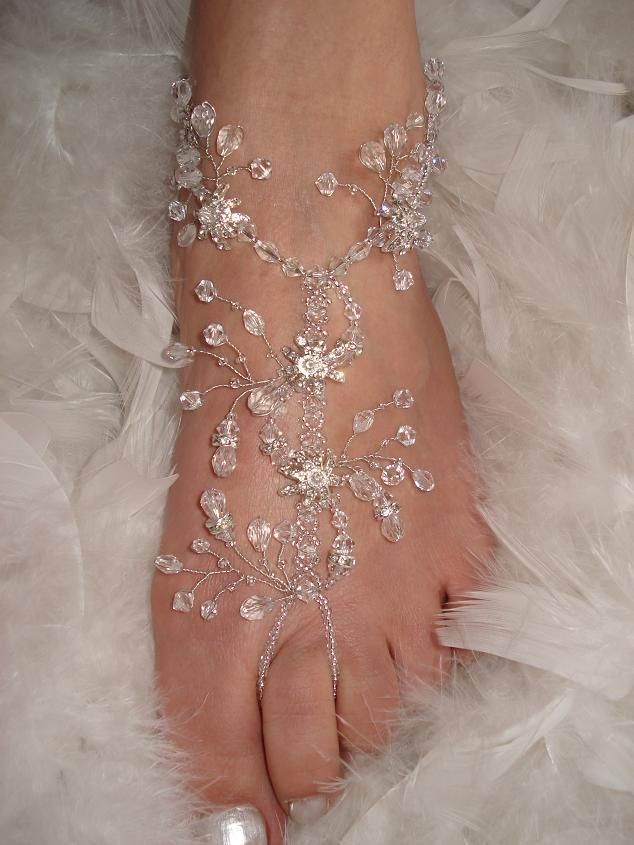 Barefoot bridal sandals - Love this idea!