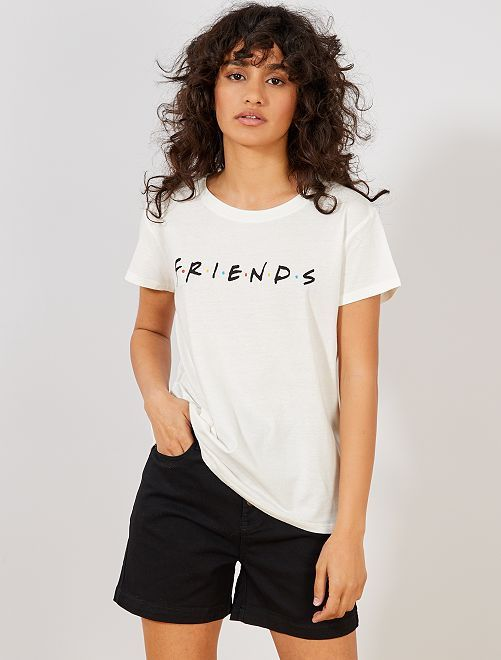 c8b21eec5 Camiseta  Friends  en 2019