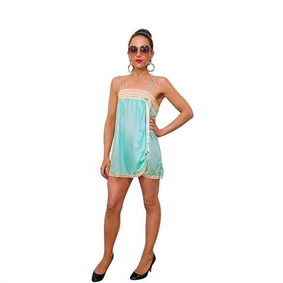 60s babydoll teddy in mint green with lace detail / vintage nylon lingerie slip / size x-small small