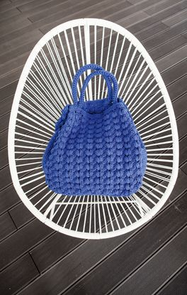 Love everything about this bag! #crochetbag