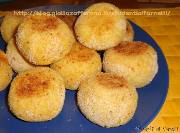Le polpette di cavolfiore sono un secondo piatto sano e genuino, un' alternativa per consumare il cavolfiore in modo simpatico. Le polpette di cavolfiore...