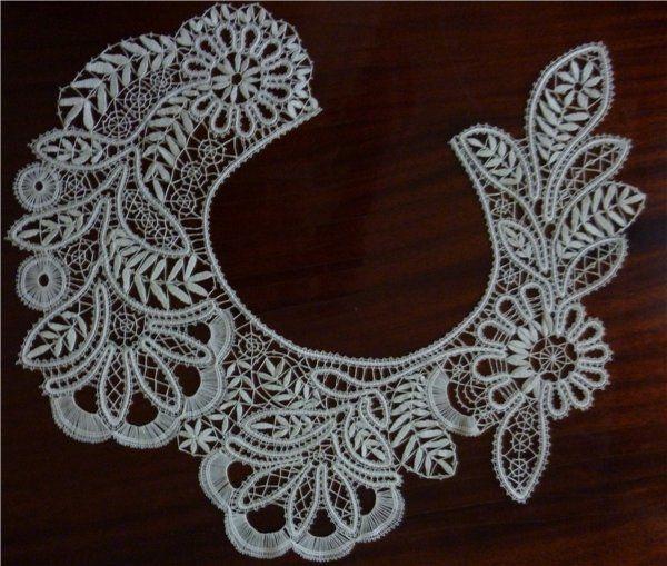 .bobbin tape lace