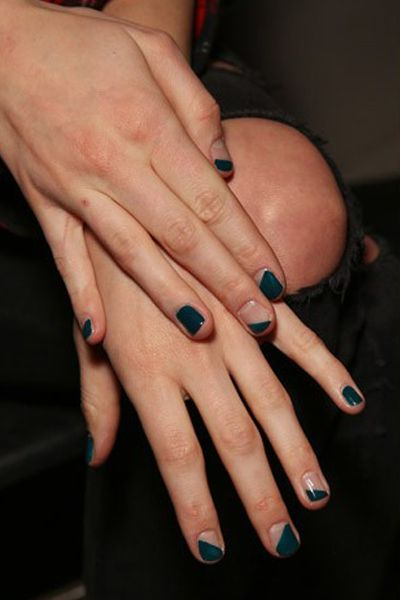 Floating diagonal nail art: Mismatched diagonal designs on each nail.