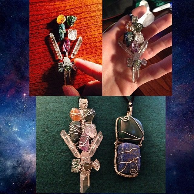 A Wrap of the past with a little side piece of #Lapis Lazul & #Malachite  Stones used in main heady piece, 11 stones in total are: #Citrine #Moldavite x2 #Apatite #Phenacite #Amethyst #quartz x2 #lemurianseedcrystal #aquamarine # herkimerquartzdiamond  This was a fun piece! :)