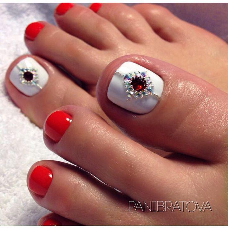 #педикюр#педикюрсеверск#комбипедикюр#аппаратныйпедикюр#гельлак#gelnails#gel#nailart#стопы#стразы#ноги#ногти#ногтидизайн#ногтинаногах#дизайнногтей#дизайнногтей#дизайнногтейгельлаком
