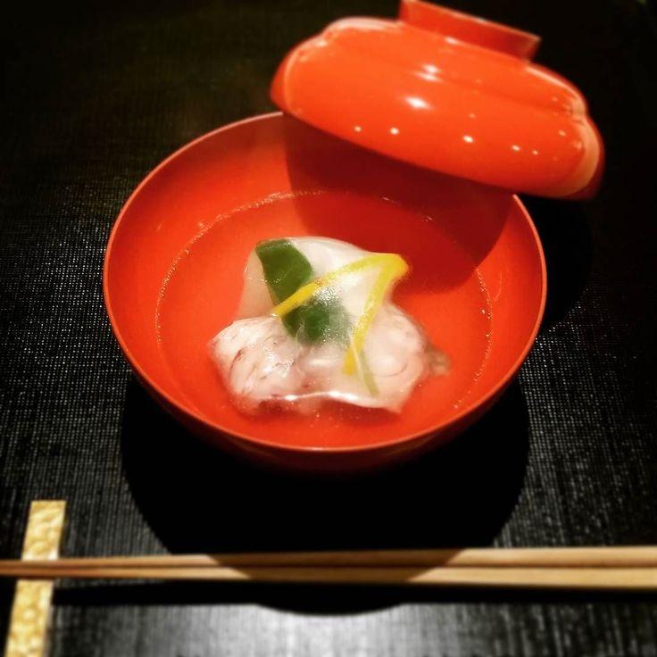 甘鯛小かぶの椀物 お出汁の味が抜群でした 京都祇園にしかわ縁 Really delicious!! After all the dish here is an unrivaled article #最高 #縁 #京都#大好き#寿司 #日本料理#日本酒 #フォロー#ご飯 #tagsforlikes #like4like  #instadaily #followme #instagood #instafood #yummy #yum #japanese #japan #food #Kyoto #kaiseki #holiday #love  #delicious #happy #instamood #follow#fish by maikoro333