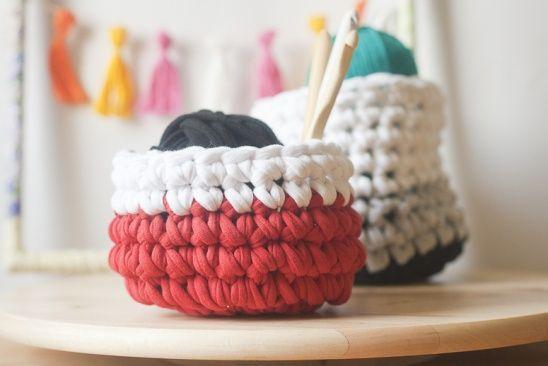 DIY: Crochet a Basket with T-Shirt Yarn by Francine Clouden | Project | Crochet / Decorative | Kollabora