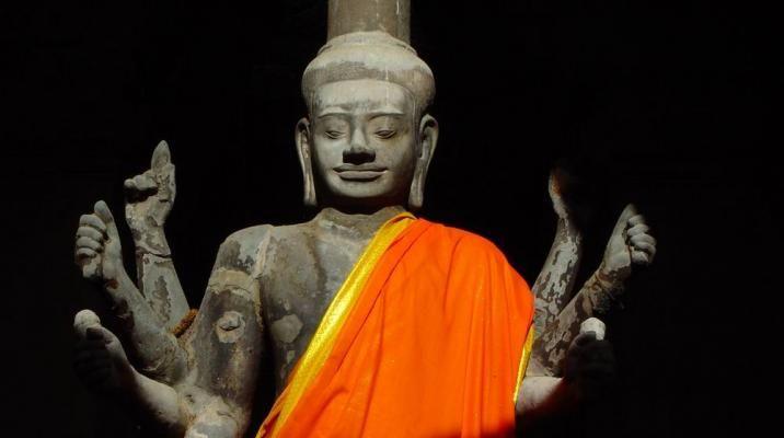 Buddhastatuer ved Angkor Wat
