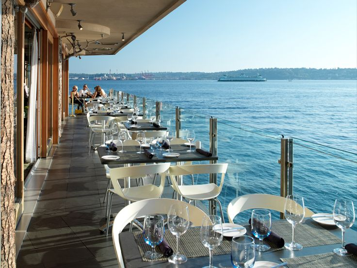 What a view! Six Seven Restaurant & Lounge | Waterfront Seattle Hotel | Travel Washington State http://www.edgewaterhotel.com