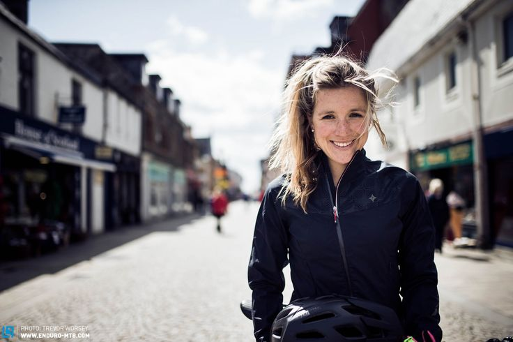 A Life on Air: At Home with Hannah Barnes | ENDURO Mountainbike Magazine