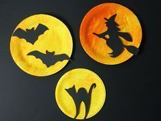 Originelle Halloween Deko aus Papptellern basteln …