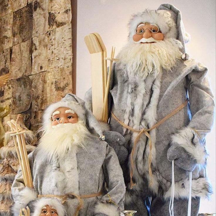D'lara Chocolate & Events — Santa goes to ski ❄️  #noelbaba #kayak #ski...